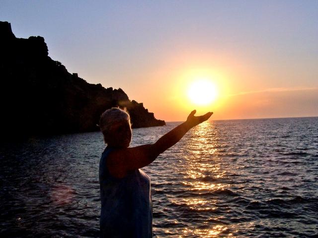 Ingeborg heeft het licht der wereld in haar hand