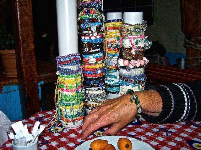 Halskettingen en armbanden; dat was wat geweest voor jou, Ann!