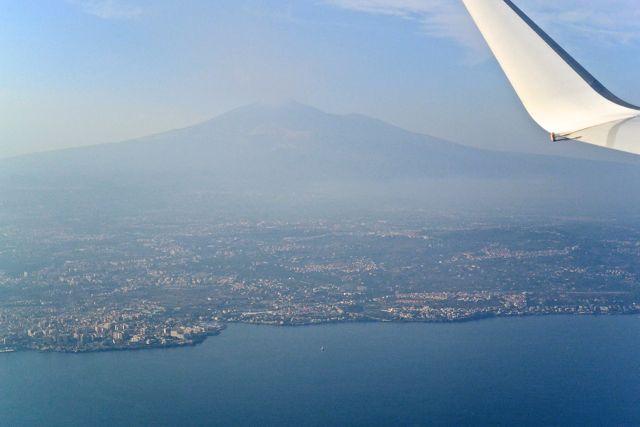 Catania met de Etna op de achtergrond