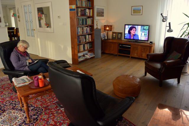 TV kijken en puzzelen (jawel, dat gaat gewoon door)