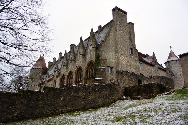 Dit kasteel is begin twintigste eeuw gebouwd door een Amerikaanse, je gelooft het niet