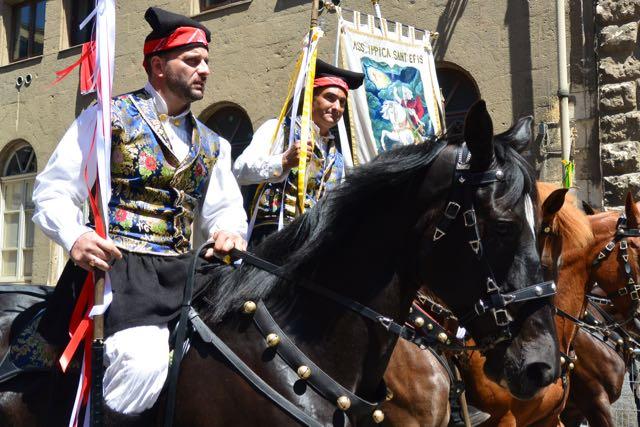 Toen kwamen de paarden