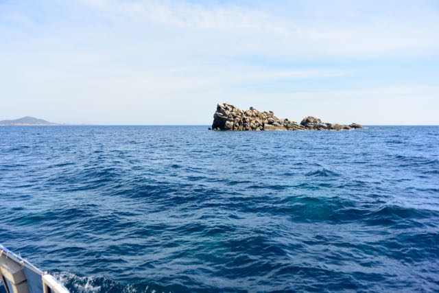 Een rotsje in de baai van Villasimius