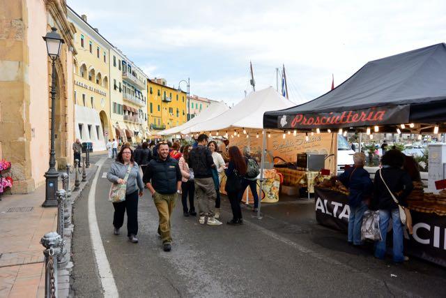 Markt 7