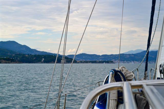 De Golfo di la Spezia recht vooruit