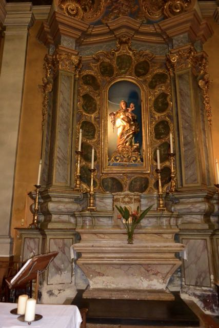 Stukje binnenkant van de kerk