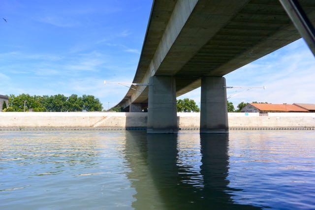 Onze eerste brug