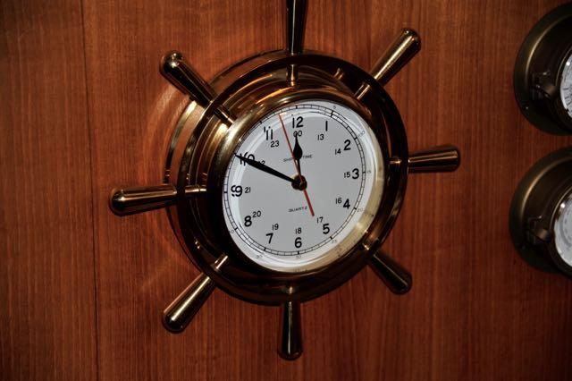 Die klok weegt als lood