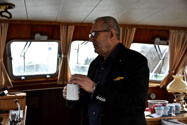 Koppie koffie d'rbij