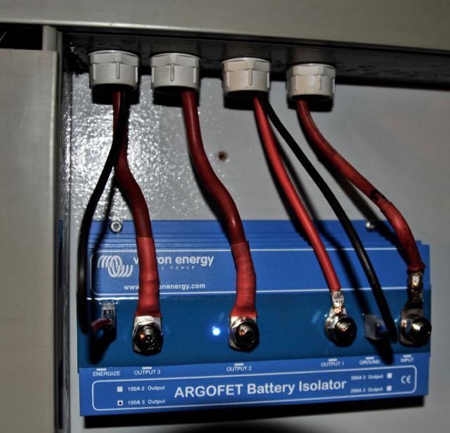 De nieuwe Argofet laadstroomverdeler in de machinekamer